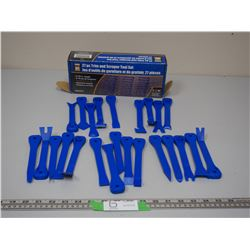 24 PC TRIM & SCAPPER TOOL SET