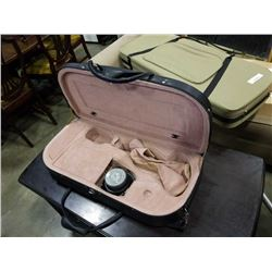 ELECTRIC VIOLIN CASE WITH BUILT IN AMPLIFIER