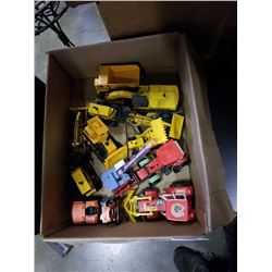 LOT OF TOY CONSTRUCTION VEHICLES - SOME METAL