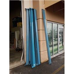 12 blue pallet racking beams 9.5 foot long