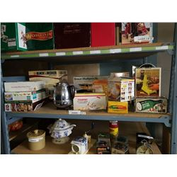 LARGE LOT OF VINTAGE KITCHEN APPLIANCES