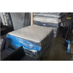 BEAUTYREST QUEENSIZE MATTRESS STORE RETURN DEFECT - SIDE BULGE PREVIEW RECOMMENDED