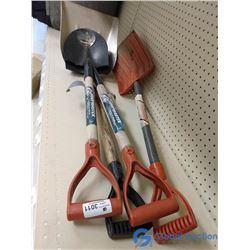 (2) Spades; Grain Scoop & Plastic Shovel
