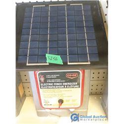 Refurbished 12V Co-op Solar Powered Fencer - Powers On