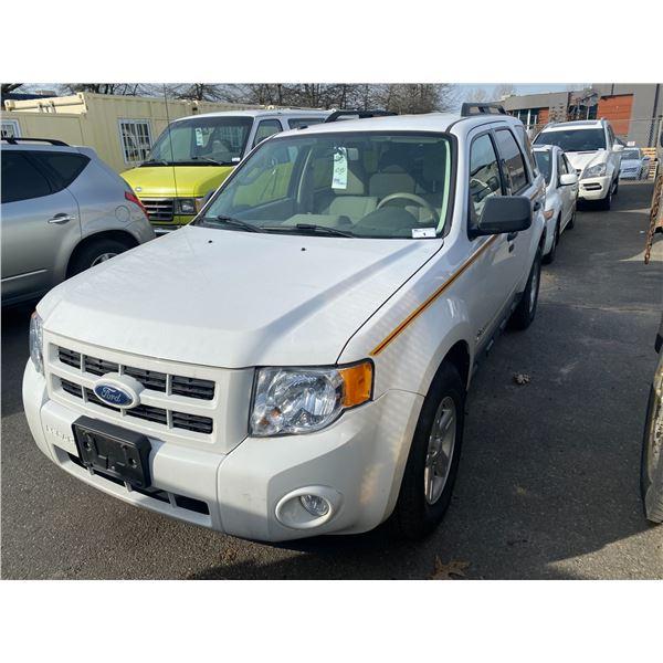 2010 FORD ESCAPE HYBRID, 4DR SUV, WHITE, VIN # 1FMCU4K36AKC87281