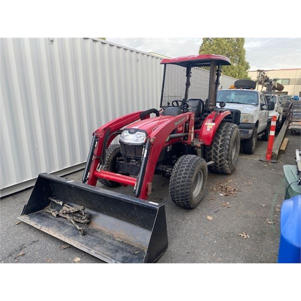 2006 MAHINDRA 5035 PST TRACTOR, RED, VIN # 650P1212