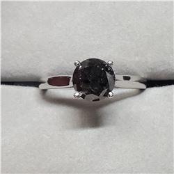 PLATINUM BLACK DIAMOND (1.5CT) 2 DIAMONDS (0.04CT) RING SIZE 5