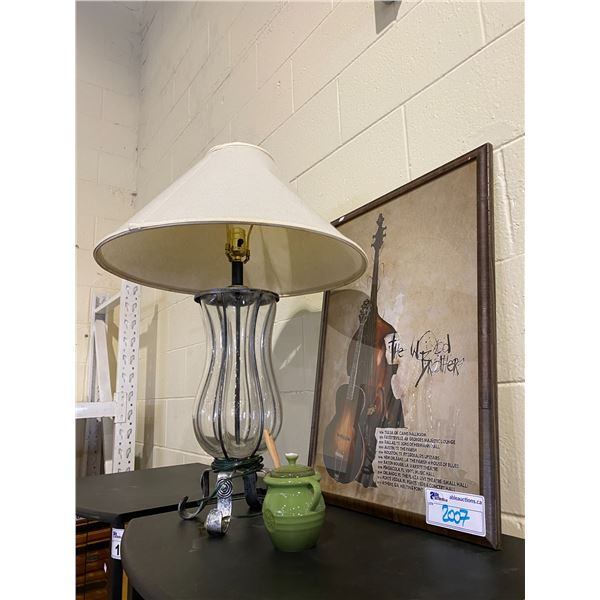 LE CRUSET HONEY JAR WITH SPOON, LAMP, & FRAMED PRINT