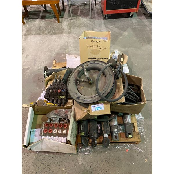 PALLET INCLUDING REBUILT TURBO + ASSORTED PARTS AND PIECES