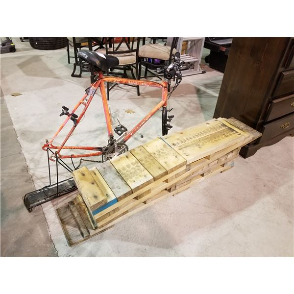 BIKE FRAME (MISSING TIRES) & 2 RAMPS