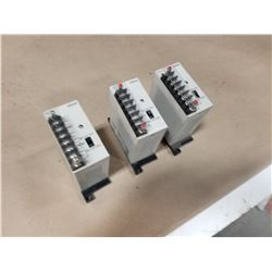 (3) OMRON 3G2A3-PS221 POWER SUPPLY