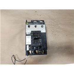 SQUARE D LAF3640036MV1027 400A CIRCUIT BREAKER