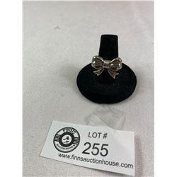 Unique.925 Bow Ring. Size 6.5