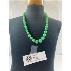 1920's Jade Look Graduated Glass Bead Necklace