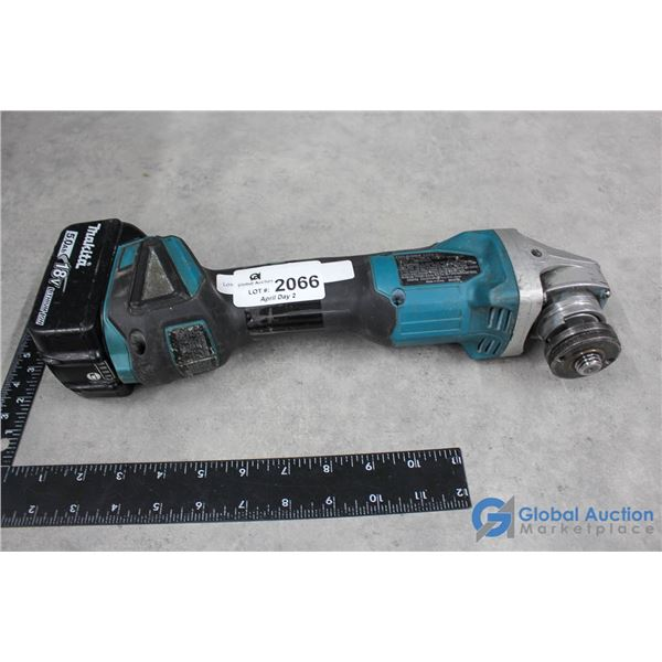 Makita Grinder w/ 18V Lithium Battery (Power on and spins; Sounds good)