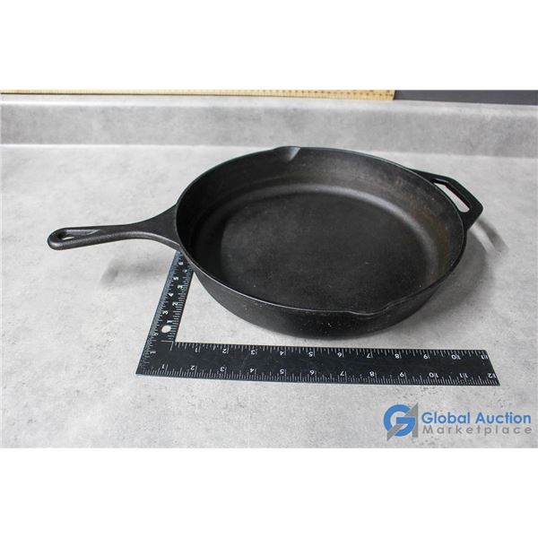 "12"" Benir Cast Iron Pan in Good Condition"