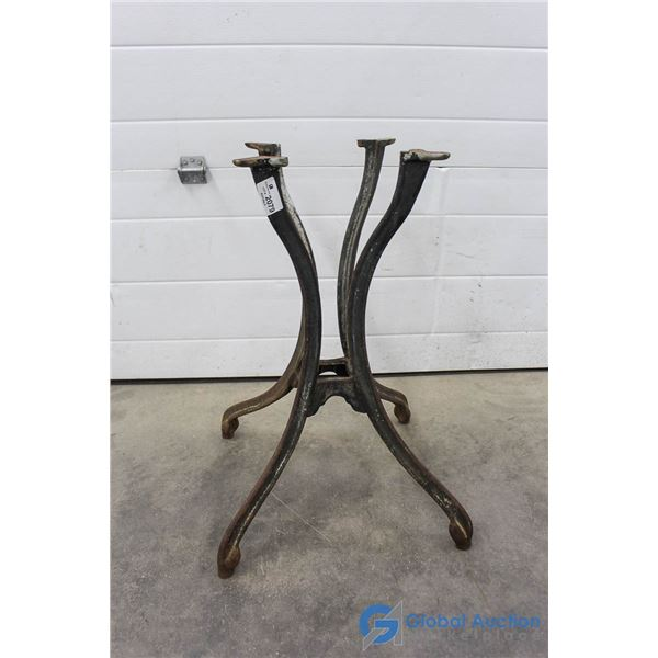 **4 Leg Cast Iron Base - 28.5""