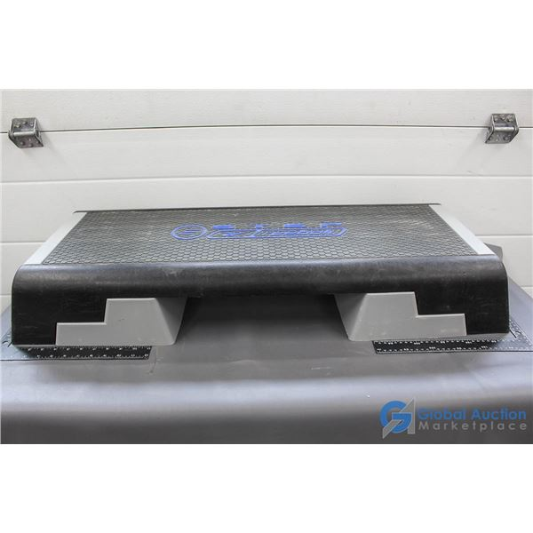 Reebok Adjustable Height Fitness Step