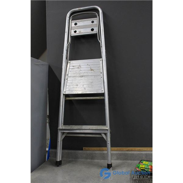 Two-Step Step Ladder