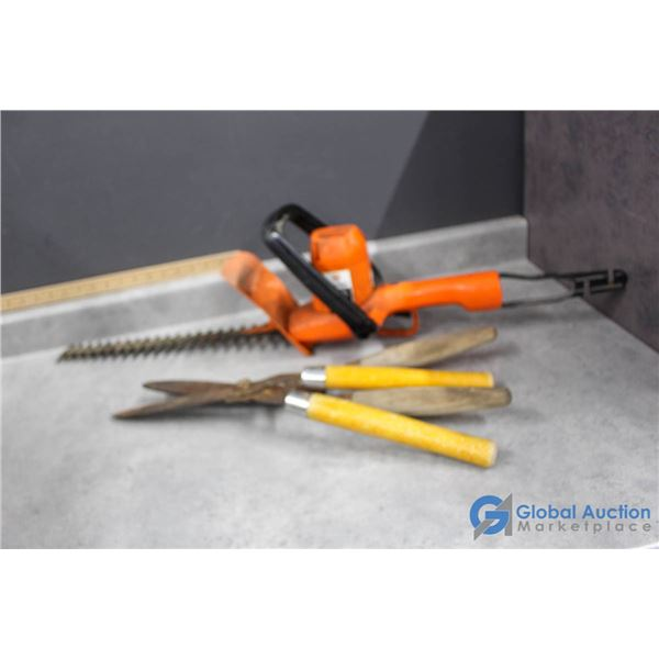 Black & Decker Electric Hedge Trimmer & Hand Cutters