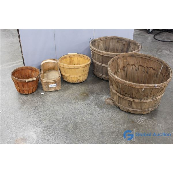 **(2) Large, (2) Small & (1) Apple Basket