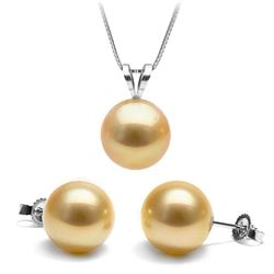 Golden South Sea Classic Pendant and Classic Stud Earring Set