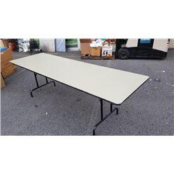 8FT FOLDING LEG TABLE