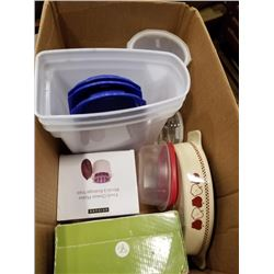 BOX OF KITCHEN ITEMS, GLASSLOCK, MEASURING BOWL|