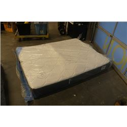 SIMMONS BEAUTY COMFORT FULTON QUEENSIZE MATTRESS STORE RETURN DEFECT - SPRING POPPED PREVIEW RECOMME