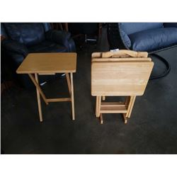 4 Maple TV trays with stand