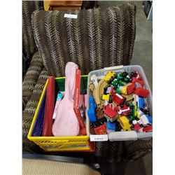 2 HAMPERS OF KIDS TOYS TRAIN TRACK TOYS