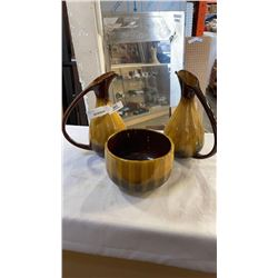 YELLOW BLUE MOUNTAIN POTTER PITCHERS AND BOWL