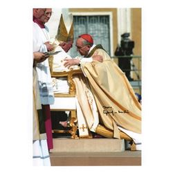 Pope Francis Signed Photograph