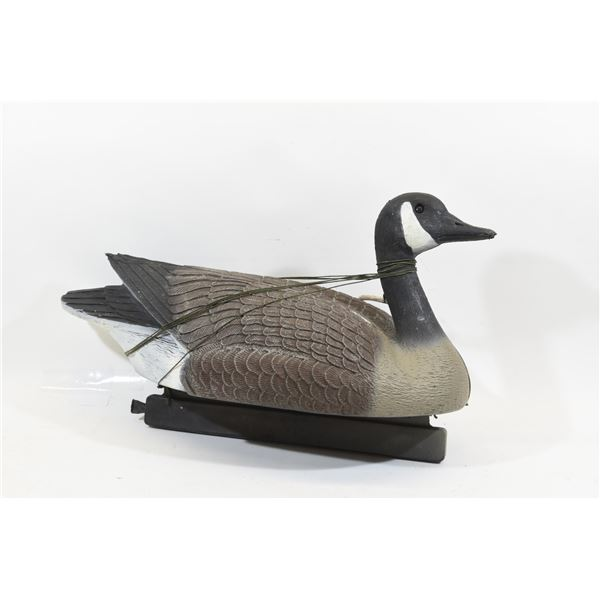 4 Canada Goose Decoys w/ Lead Weights