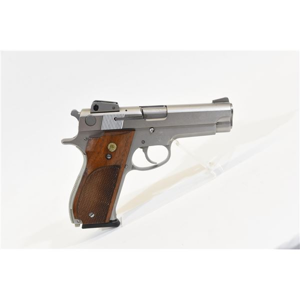 Smith & Wesson Model 639