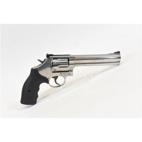 Smith & Wesson Model 686-8 (Modern Style)