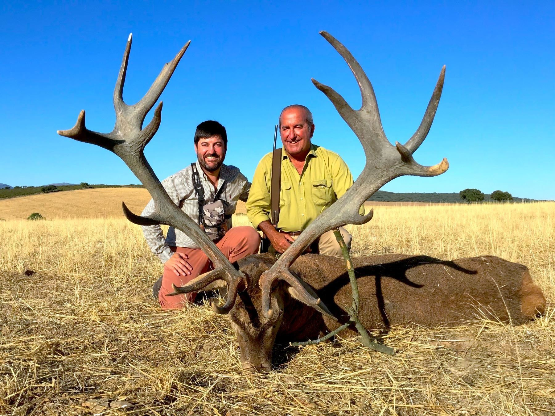 GIUSEPPE CARRIZOSA: 4-Day Iberian Red Deer Hunt in Spain - Includes Trophy Fee