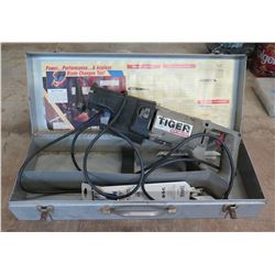 Porter Cable Tiger SAW Quick-Change Power Reciprocating Saw in Metal Case