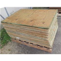"Pallet Multiple Plywood Sheets 48""L x 3/4"""
