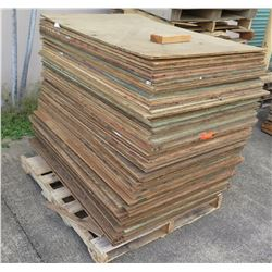 "Pallet Multiple Plywood Sheets 48""L x 32"" W x Mix (1/2"" & 3/4"")"