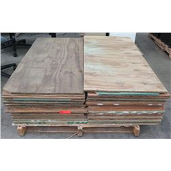"Pallet Multiple Plywood Sheets 48""L x 24"" W x 5/8"""