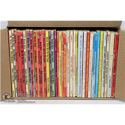 35 ARCHIE SERIES AND RICHIE RICH DIGEST COMICS