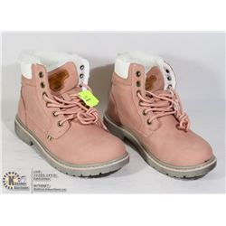 SIZE 36 WOMENS PINK BOOTS