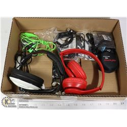 FLAT OF HEADPHONES AND EAR BUDS - INCL.