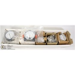 BOX OF NEW OLD STOCK PRESSURE GAUGES VARIOUS SIZES