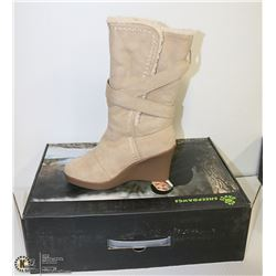 """DAWGS WOMEN FASHION 11"""" WEDGE BUCKLE BOOTS NATURAL"""