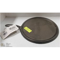 NEW FLAT ROUND CAST IRON SKILLET PERFECT FOR
