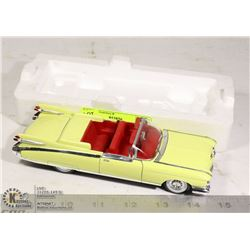 MINT VINTAGE CADILLAC DIE CAST CAR IN NEW CONDITION