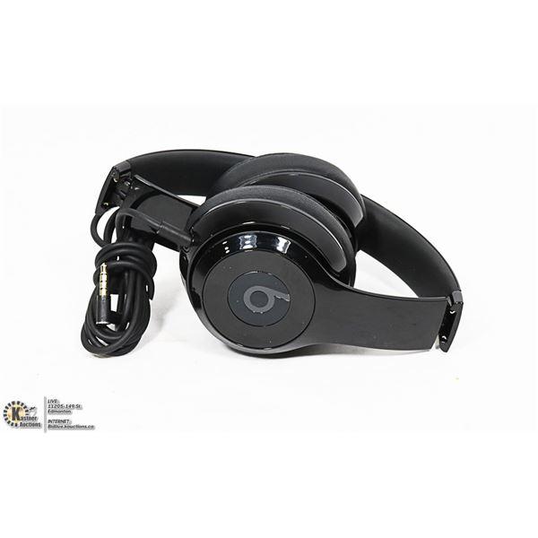 AUTHENTIC BEATS SOLO 3 SOUND ISOLATING HEADPHONES