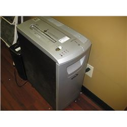 FELLOWES DMTICS PAPER SHREDDER
